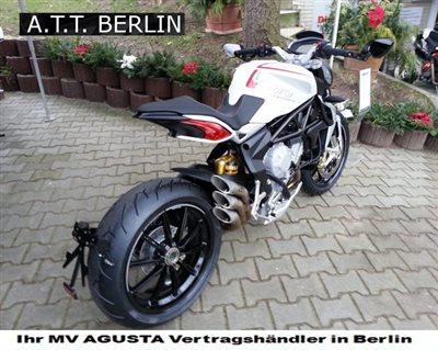 Mv Agusta Rivale Vs Ducati Hypermotard