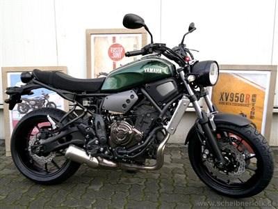 YAMAHA XSR 700 gerade eingetroffen bei SCHEIBNER & OLK in BRAUNSCHWEIG