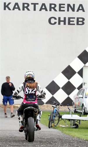 SuperMoto Girls - GCup in Cheb / CZ