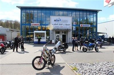 SUZUKI Euro-3 Motorräder für einen Euro pro Tag
