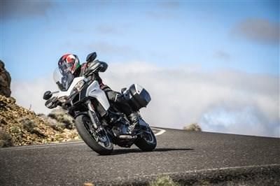 Ducati Sommeraktion: Extra-Ausstattung für Ihre neue Ducati
