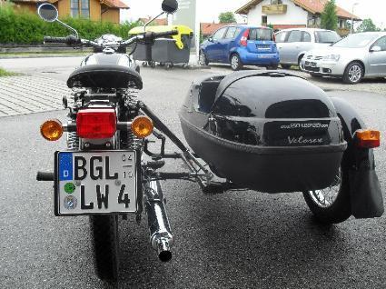 umgebautes motorrad royal enfield bullet 500 de luxe efi von auto und motorrad eschlberger. Black Bedroom Furniture Sets. Home Design Ideas