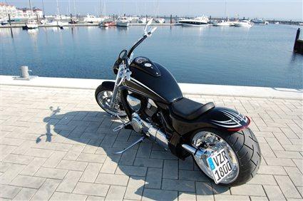 umgebautes motorrad suzuki intruder m1800r von bike ranch. Black Bedroom Furniture Sets. Home Design Ideas