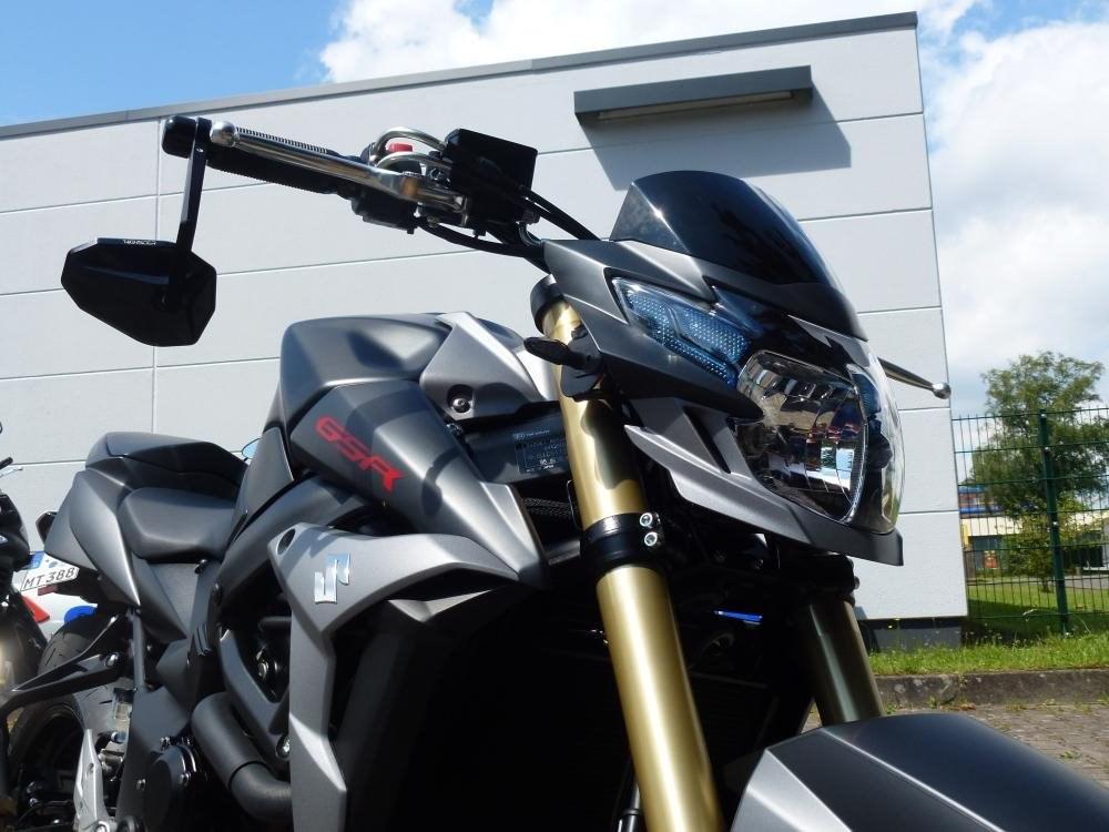 details zum custom bike suzuki gsr 750 des h ndlers. Black Bedroom Furniture Sets. Home Design Ideas