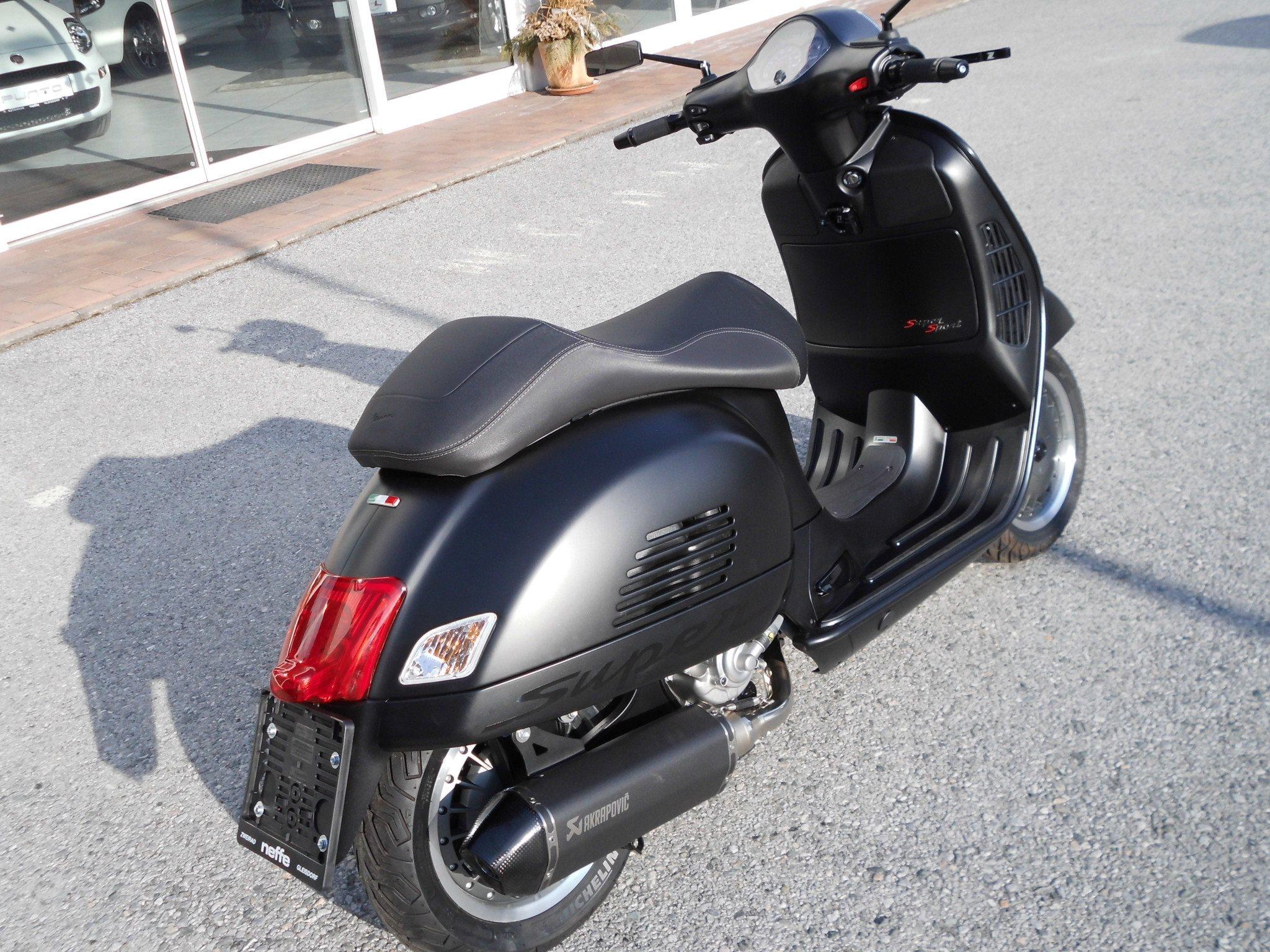 umgebautes motorrad vespa gts 300 i e super sport von. Black Bedroom Furniture Sets. Home Design Ideas