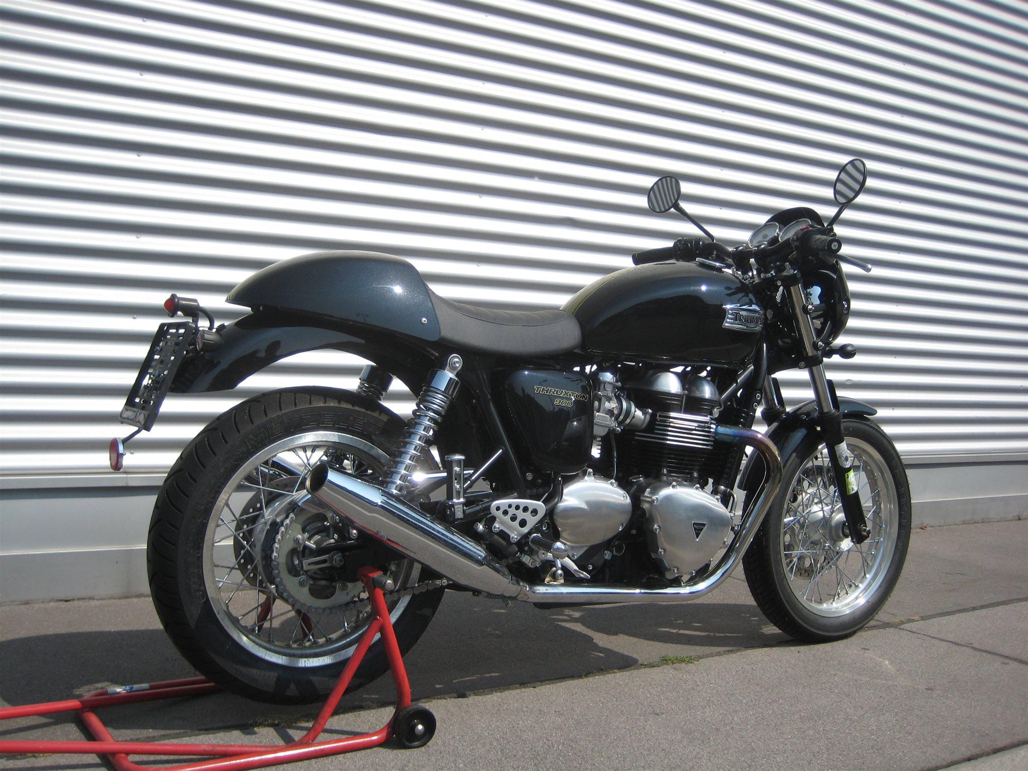 umgebautes motorrad triumph thruxton von il moto gesmbh. Black Bedroom Furniture Sets. Home Design Ideas