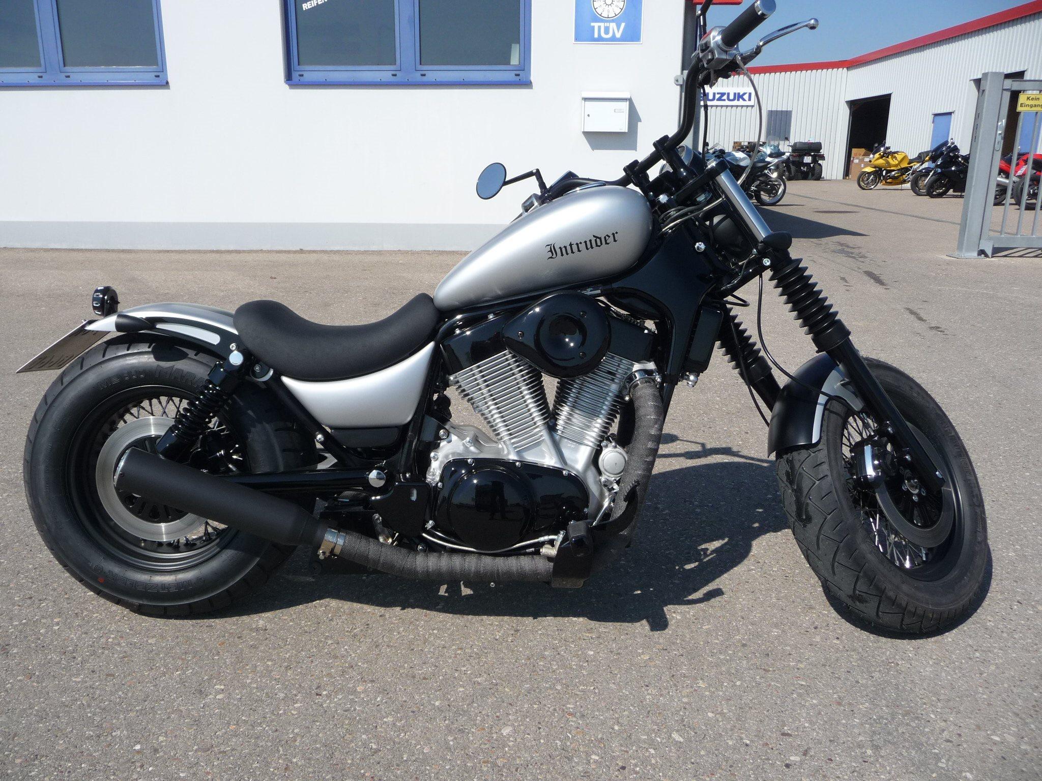 umgebautes motorrad suzuki vs 1400 glp intruder von biker. Black Bedroom Furniture Sets. Home Design Ideas