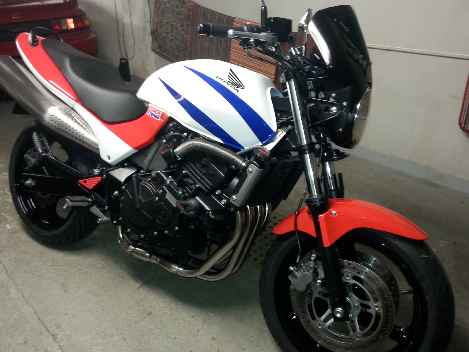 1000+ images about VTR 1000 F Honda on Pinterest   Flat
