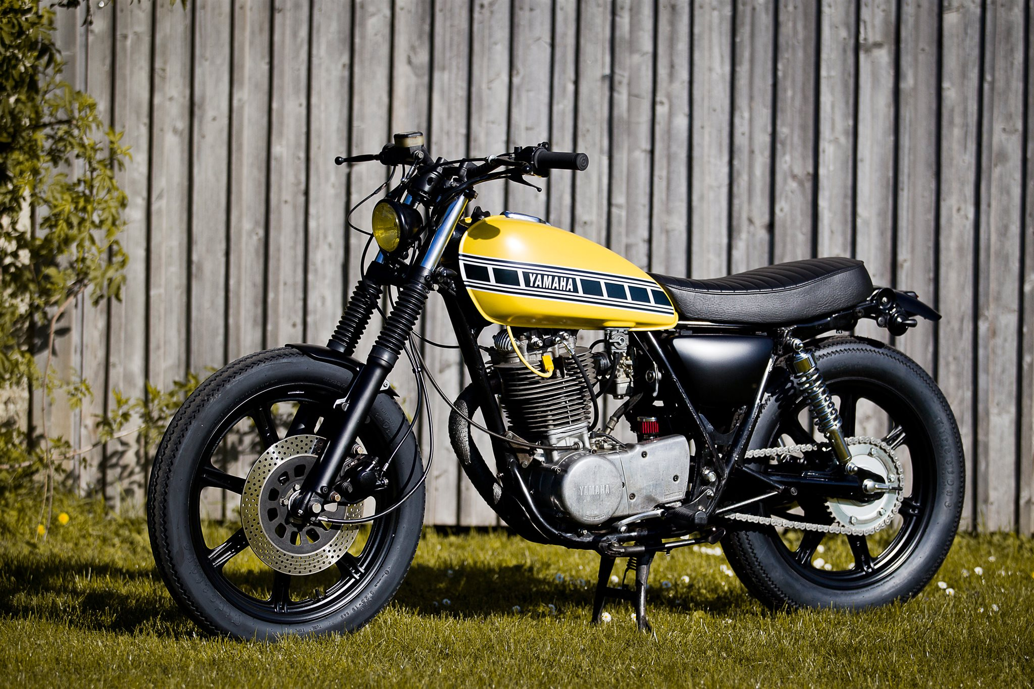 umgebautes motorrad yamaha sr 500 von ws motorradtechnik. Black Bedroom Furniture Sets. Home Design Ideas