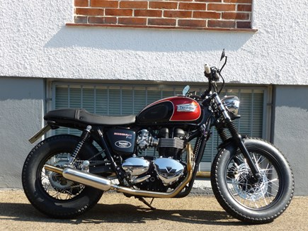 CUSTOMIZATIONS Triumph Bonneville T100