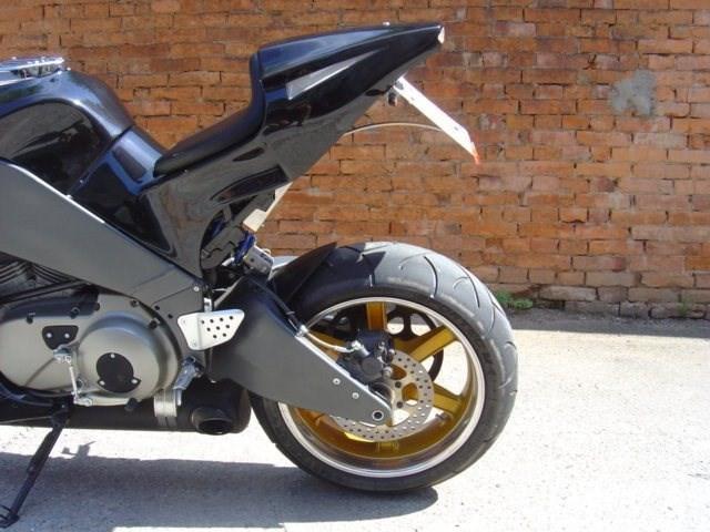 Umgebautes Motorrad Buell XB 9SX von Wild East Motorcycles