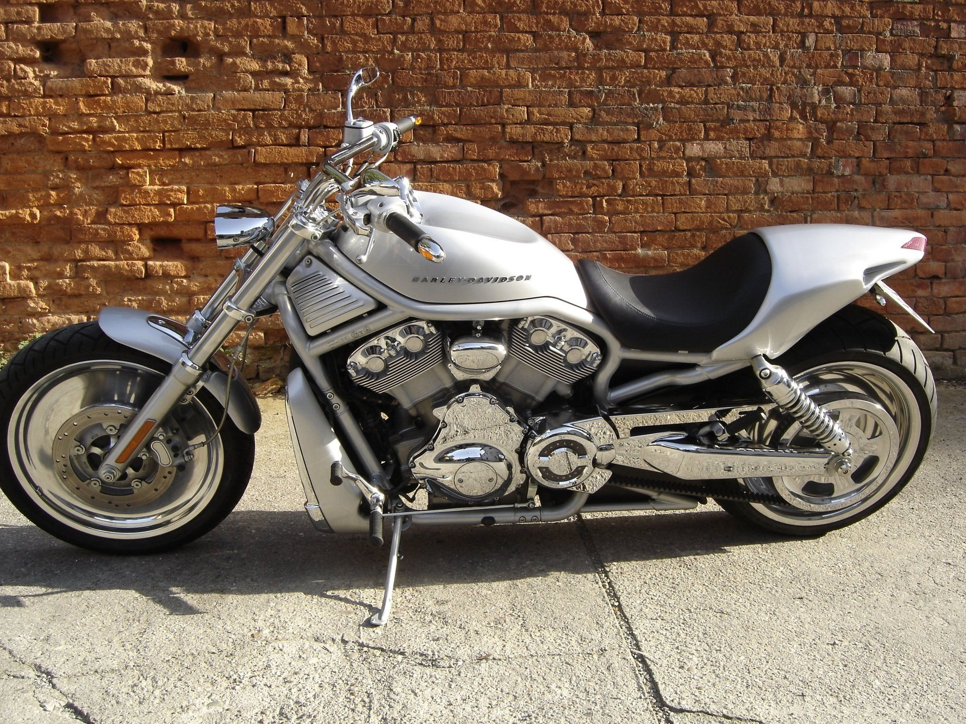 umbauten custom bikes wild east motorcycles inh dirk. Black Bedroom Furniture Sets. Home Design Ideas