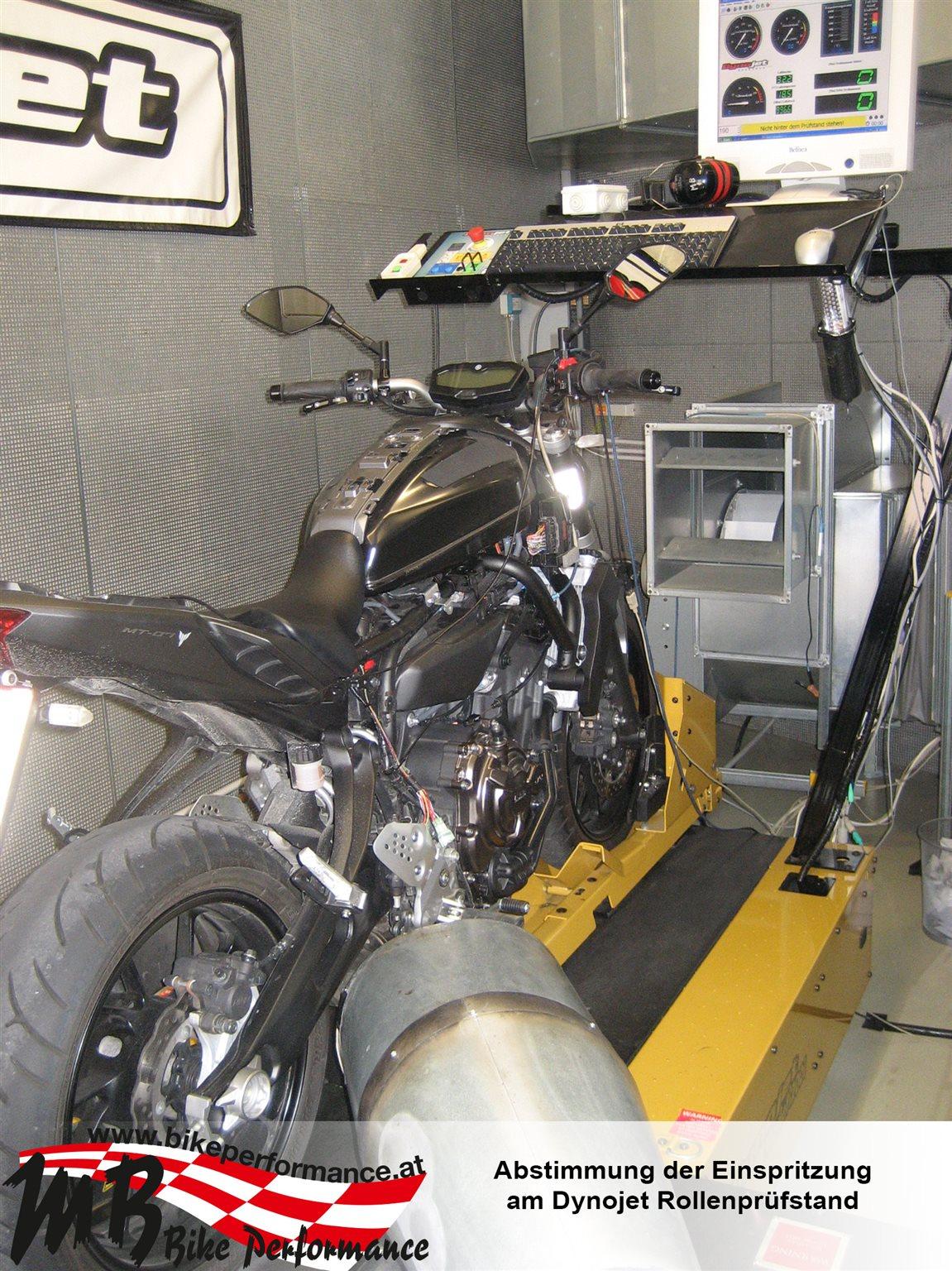 details zum custom bike yamaha mt 07 des h ndlers mb bike. Black Bedroom Furniture Sets. Home Design Ideas