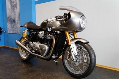 Thruxton 1200R