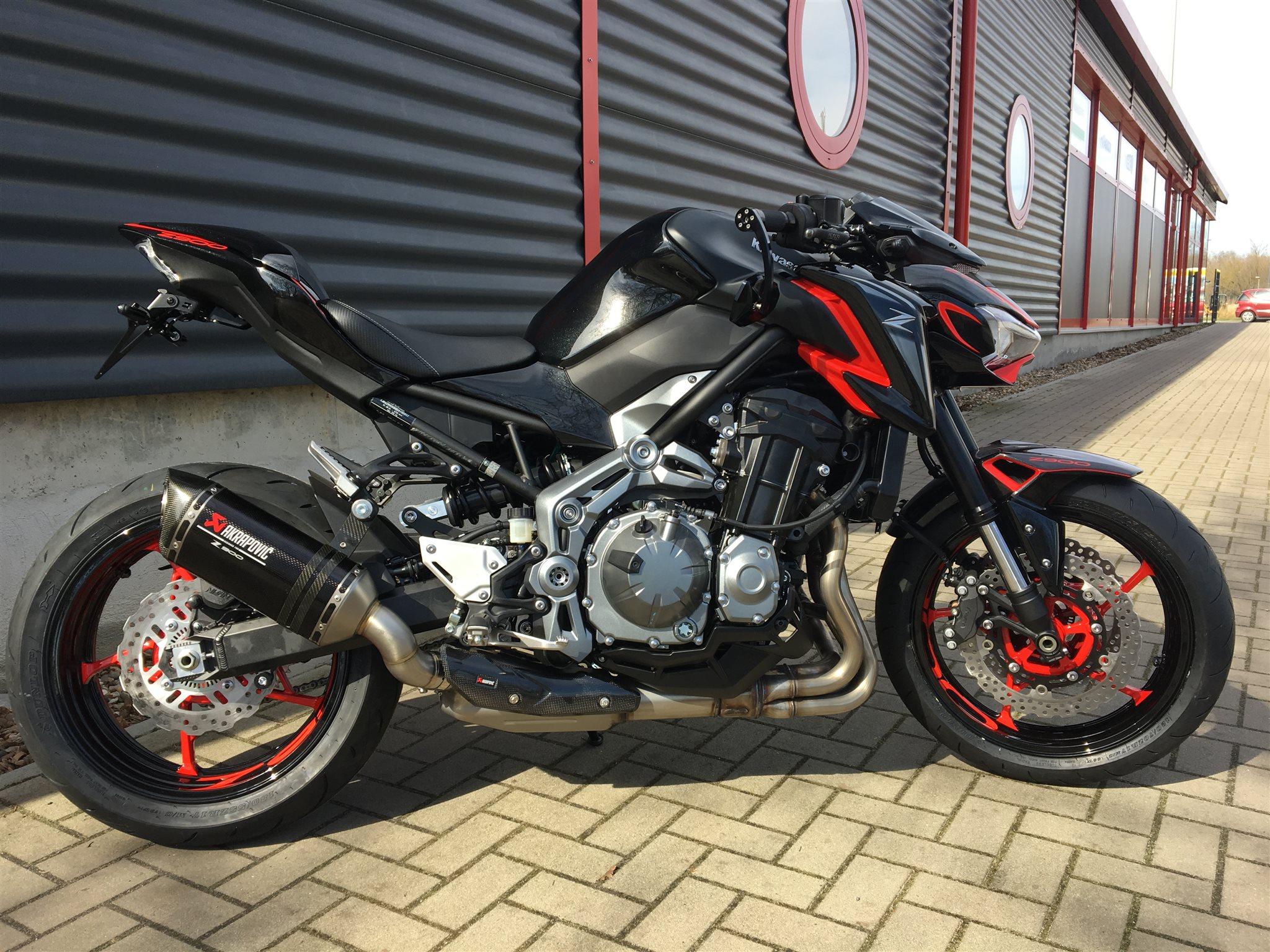 Details Zum Custom Bike Kawasaki Z900 Des Handlers BikerWorld Rosenow