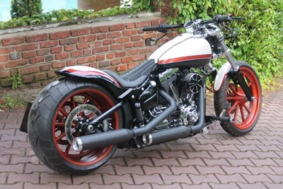 Softail Breakout FXSB